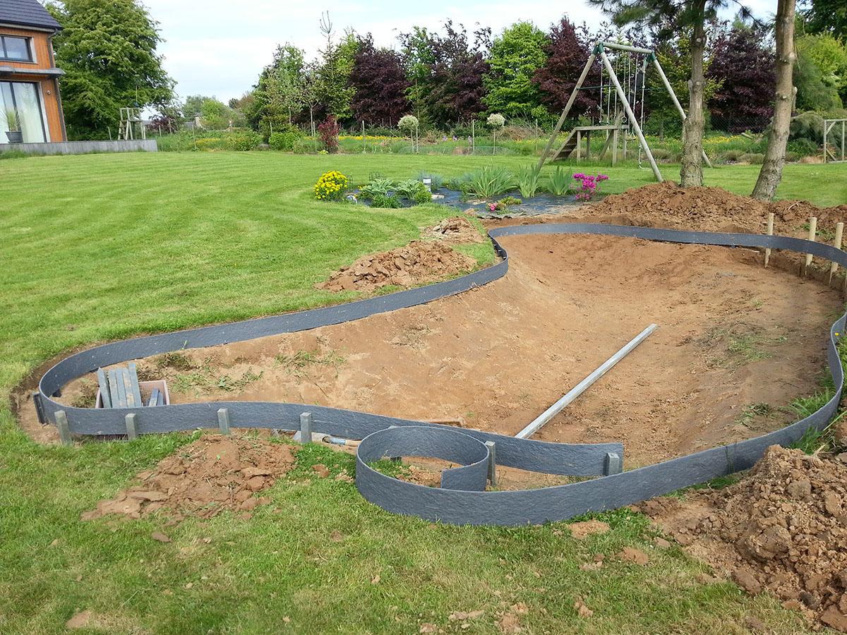 Delimiter un jardin recevoir des devis pour amnager un jardin bordure de pelouse u choix de - Delimiter terrasse et pelouse ...